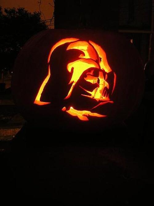 darth-vader-pumpkin-carving