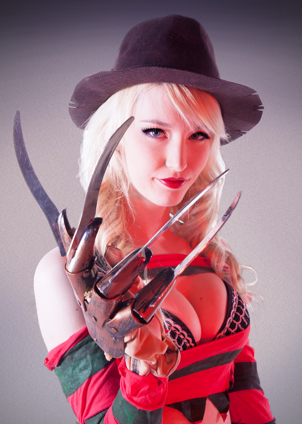 sexy-freddy-cosplay_09