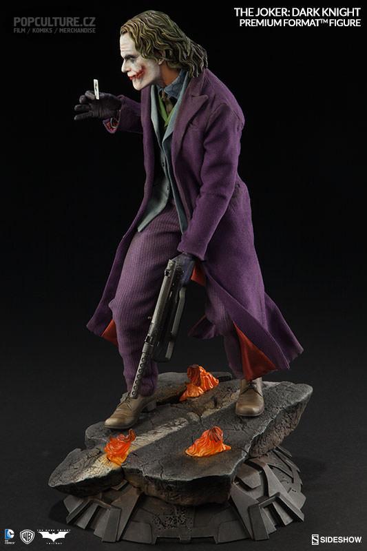 dc-comics-the-joker-the-dark-knight-premium-format-300251-04