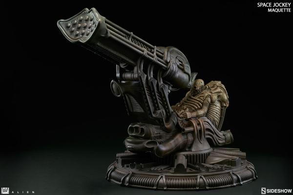 alien-space-jockey-maquette-feature-300305-05