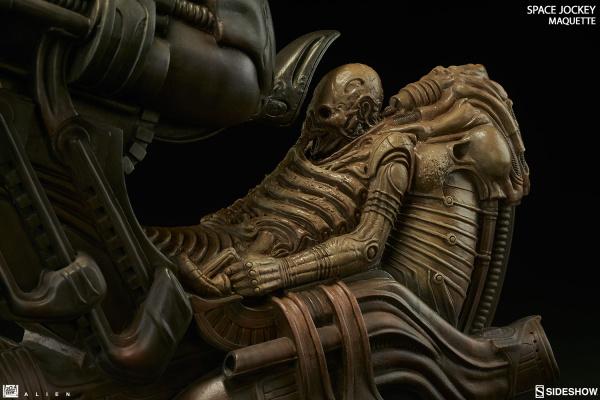 alien-space-jockey-maquette-feature-300305-09