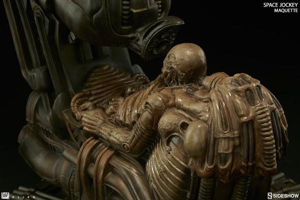 alien-space-jockey-maquette-feature-300305-10