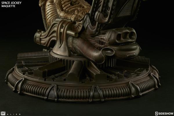 alien-space-jockey-maquette-feature-300305-11