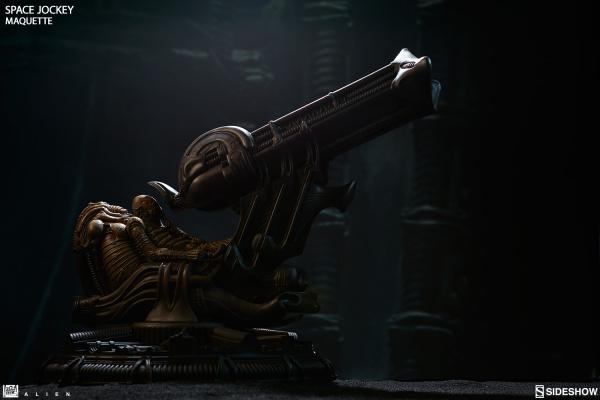 alien-space-jockey-maquette-feature-300305-12