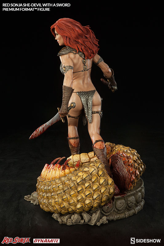 red-sonja-she-devil-with-a-sword-premium-format-300347-07