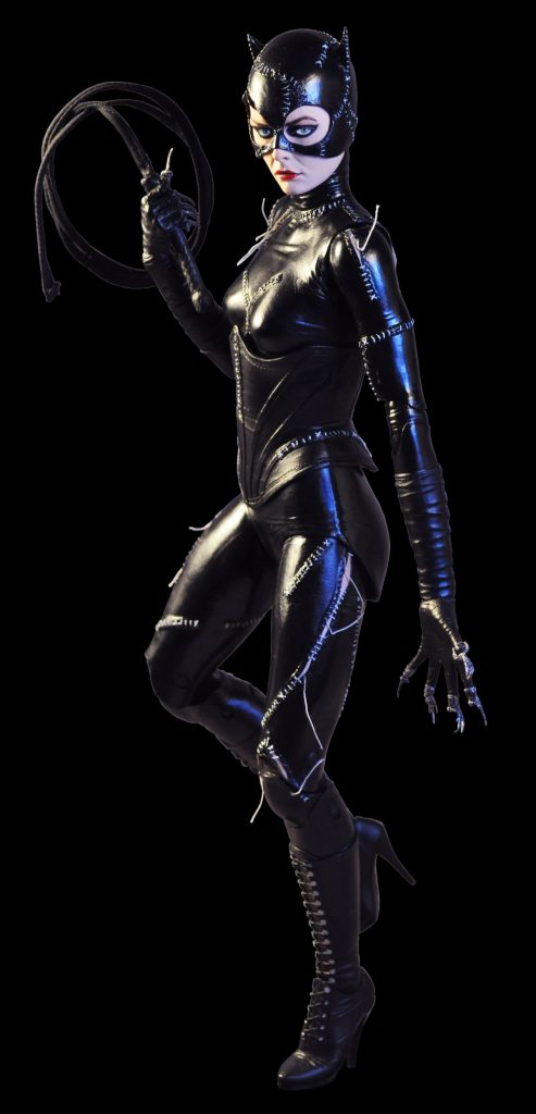 61435-CATWOMAN-2-493x1024
