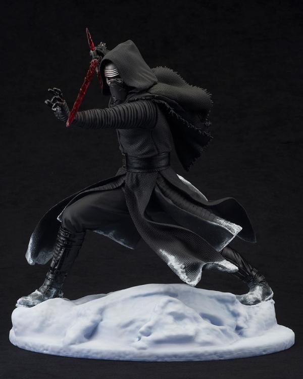 ARTFX-Kylo-Ren-Statue-003