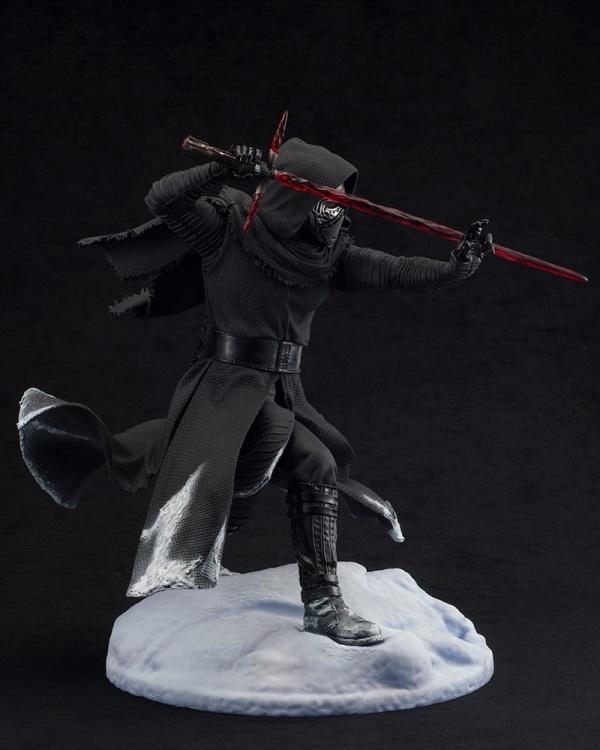 ARTFX-Kylo-Ren-Statue-005
