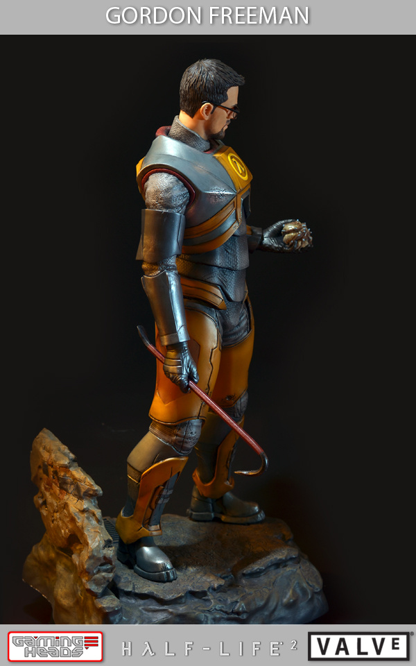 Half-Life-2-Gordon-Freeman-Standard-Statue-007_1358533088