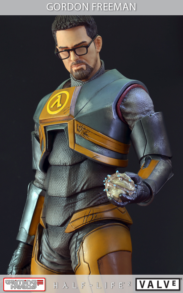Half-Life-2-Gordon-Freeman-Standard-Statue-010_1358533088