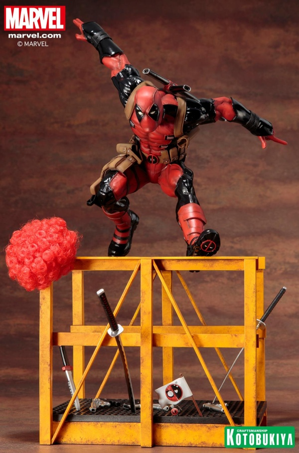 Super-Deadpool-ARTFX-Statue-001