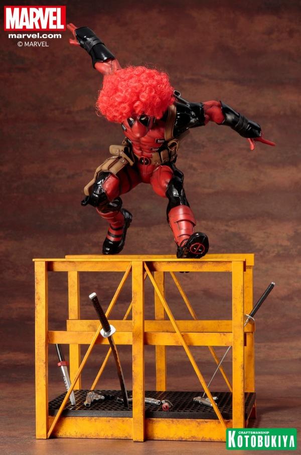 Super-Deadpool-ARTFX-Statue-002