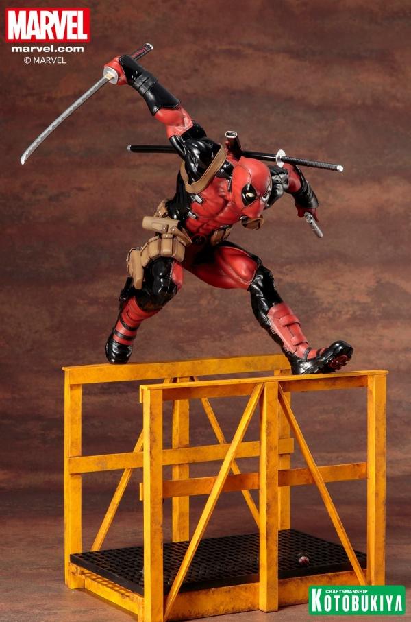 Super-Deadpool-ARTFX-Statue-006
