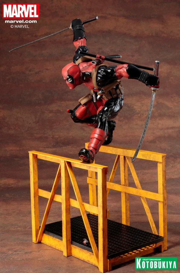 Super-Deadpool-ARTFX-Statue-010