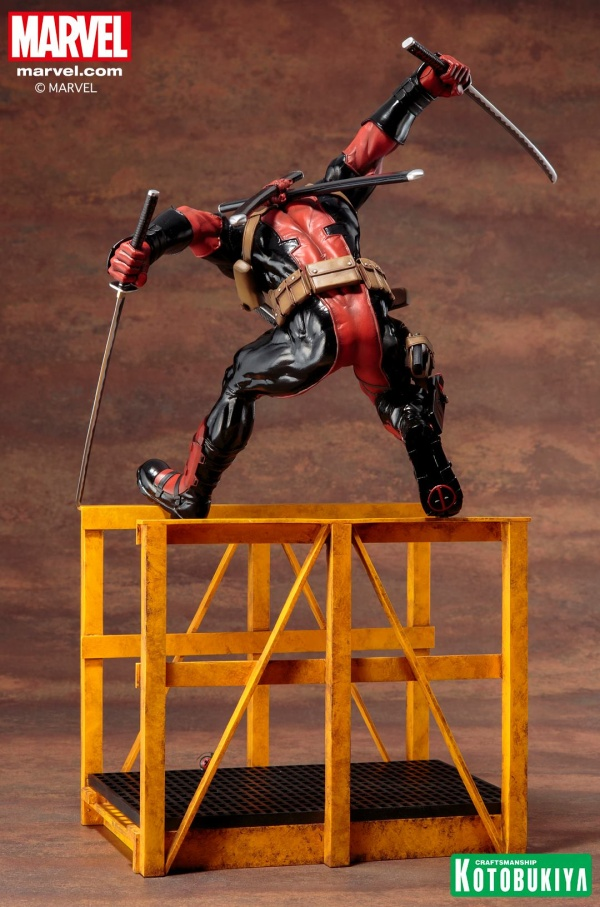 Super-Deadpool-ARTFX-Statue-012