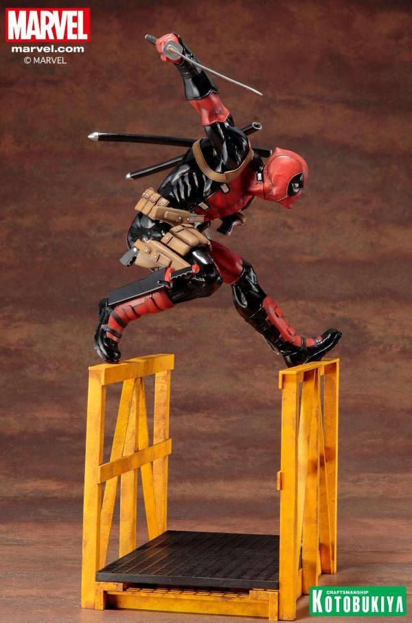 Super-Deadpool-ARTFX-Statue-014