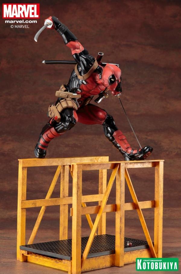 Super-Deadpool-ARTFX-Statue-015