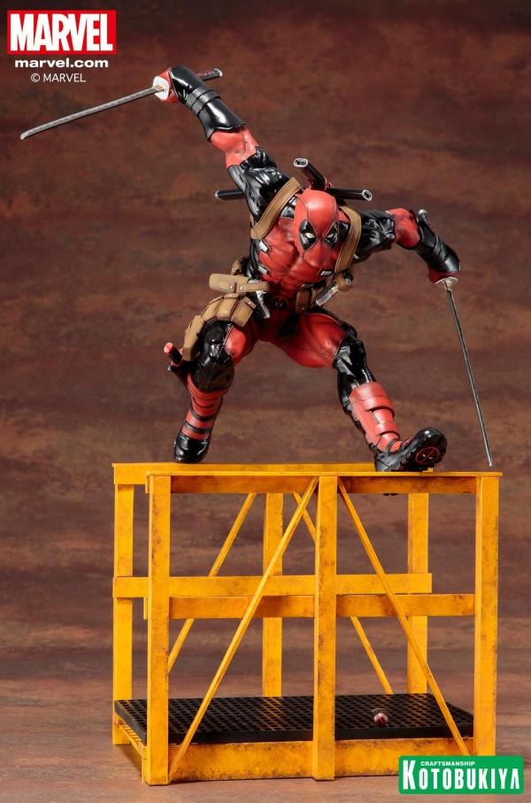 Super-Deadpool-ARTFX-Statue-016