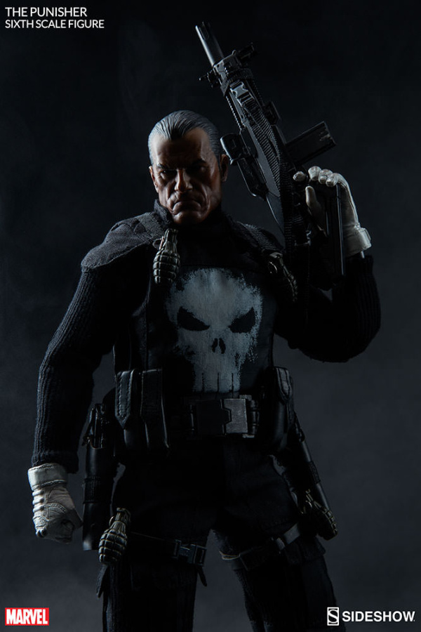 marvel-the-punisher-sixth-scale-figure-100212-03