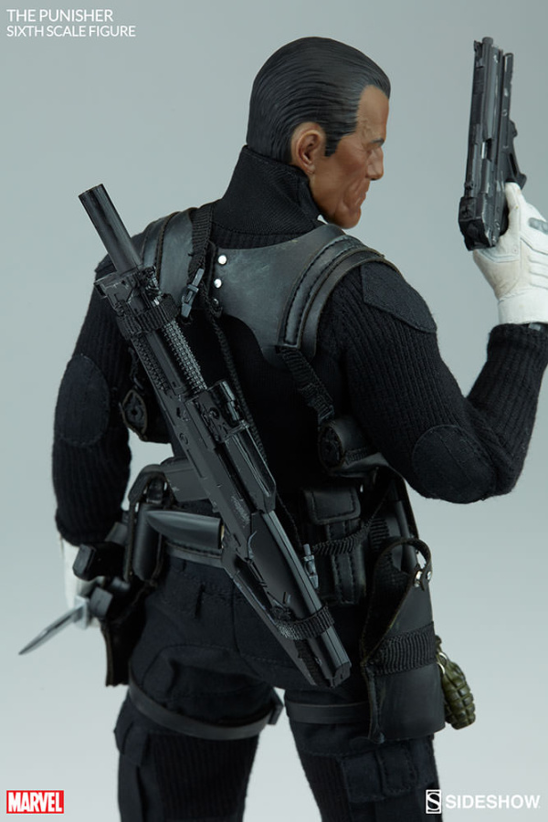 marvel-the-punisher-sixth-scale-figure-100212-07