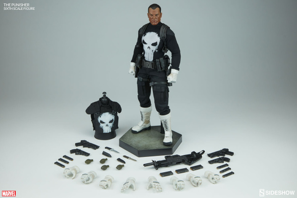 marvel-the-punisher-sixth-scale-figure-100212-09